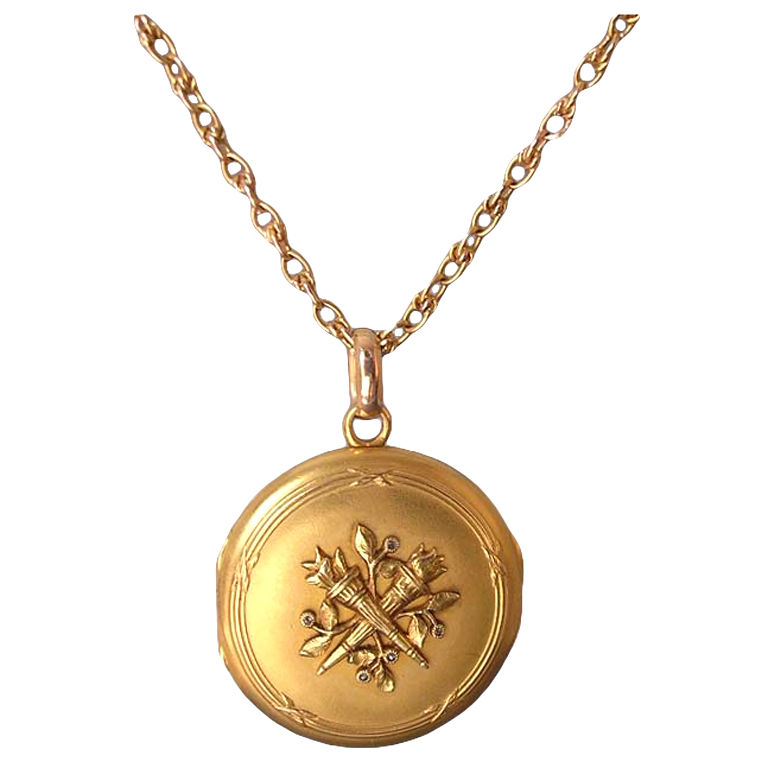 19th Century French Gold Locket and Chain 1